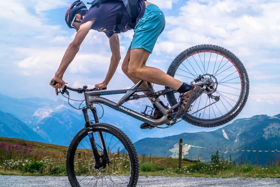 How to Bunny Hop on Mountain Bike