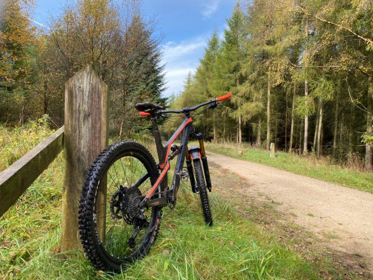 10 Best MTBs For Heavy and Tall Riders in 2021