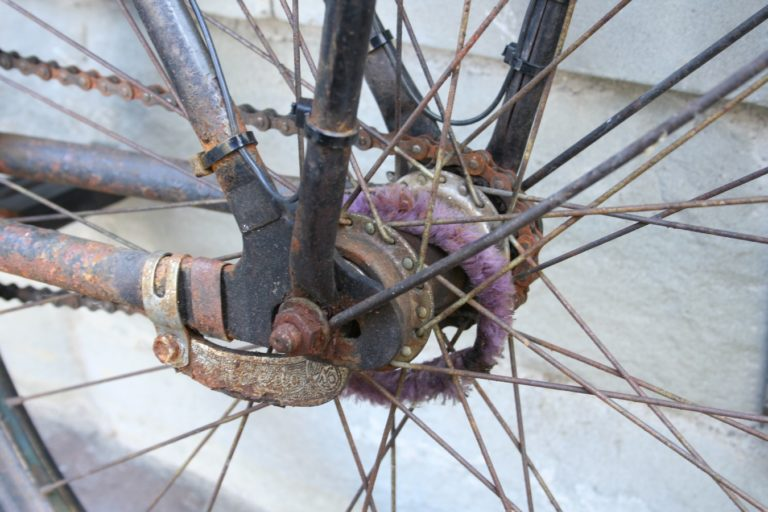 Can You Ride a Bike with a Broken Spoke?