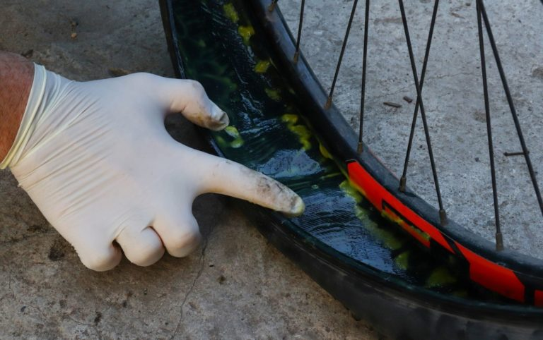 Do Puncture Resistant Bike Tires Work? Let's Find Out.